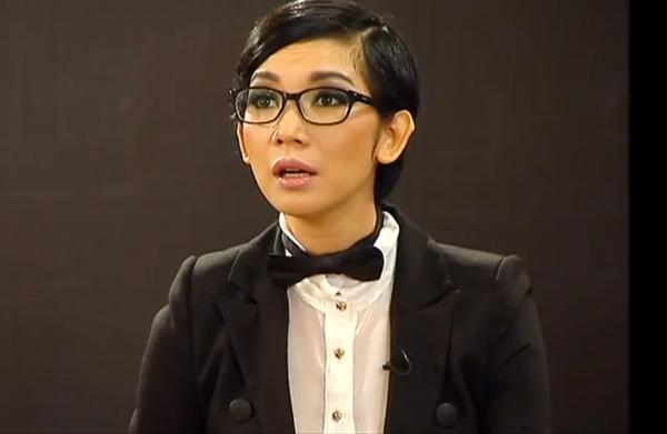 Những người nổi tiếng trong giới showbiz qua ngòi bút Lê Hoàng Xuanla12