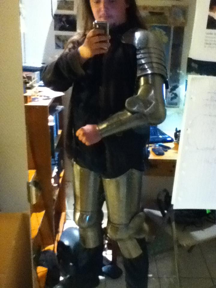Petit problème armure Img_0710