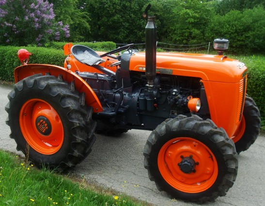 Petits tracteurs 4 roues motrices Same-310