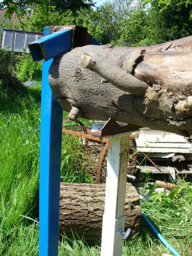 Chain saw bench Chain_11