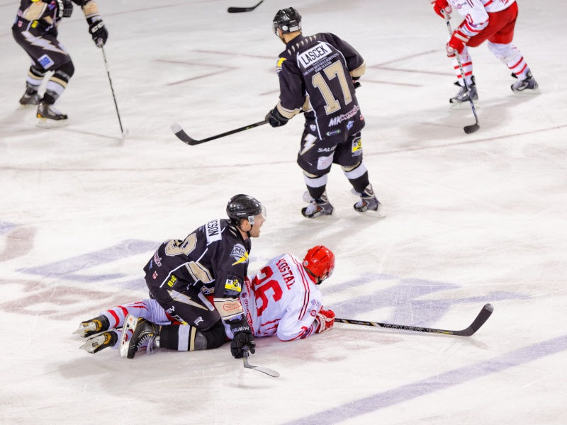 Hockey sur glace - Swindon Wildcats vs. Milton Keynes Lightning Fg5c0613