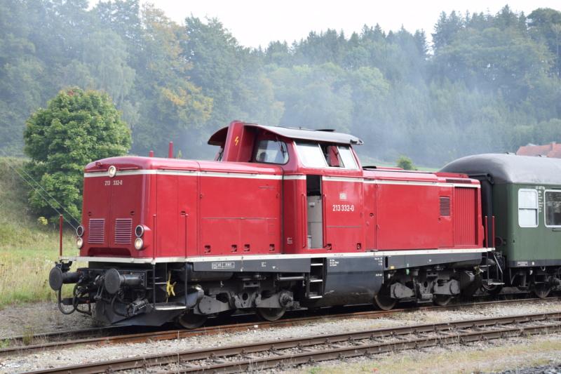 Die Baureihe V100 der DB - 211-213 - Seite 2 Dsc_0026