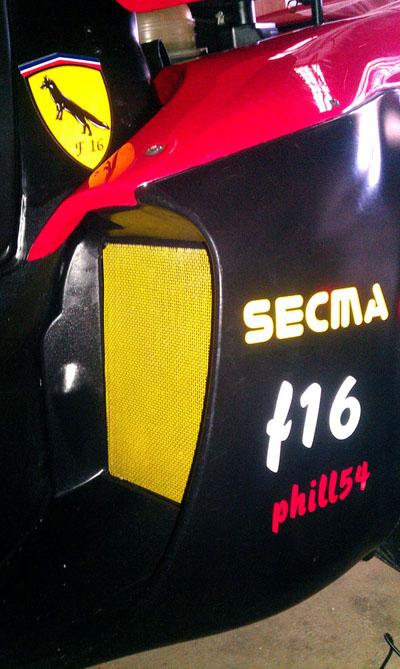 Les nouveaux stickers du Renard F16 sont arrivés Imag1221