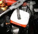 Visserie capot supérieur arrière Dscn2841