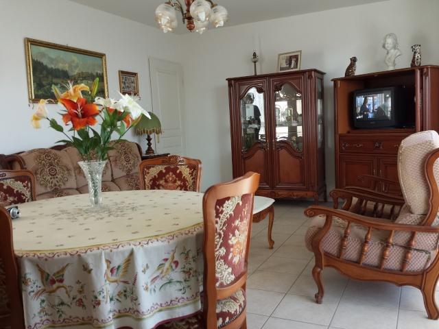 Location vacances T2, 83400 Hyeres (Var) 20140310