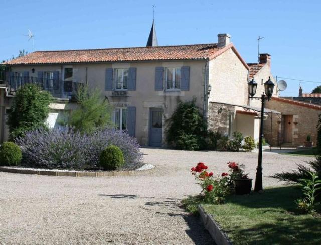 La Maricé - Gîte et Chambre d'hôtes au pays du Futuroscope, 86110 Amberre (Vienne) 73849_10