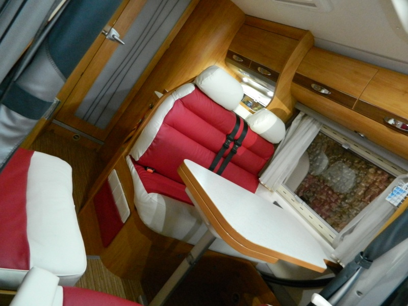 Seat Toledo² Un air ride et 4 Maserati Granturismo en 20. - Page 9 Dscn2553