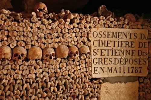 Les catacombes de Paris Cataco10