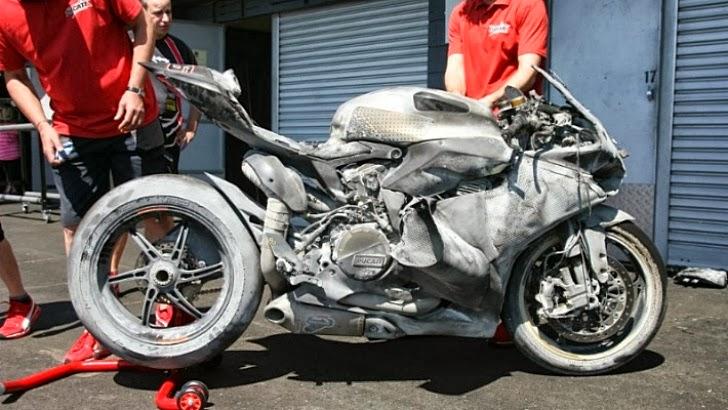 PANIGLACE Ducati10