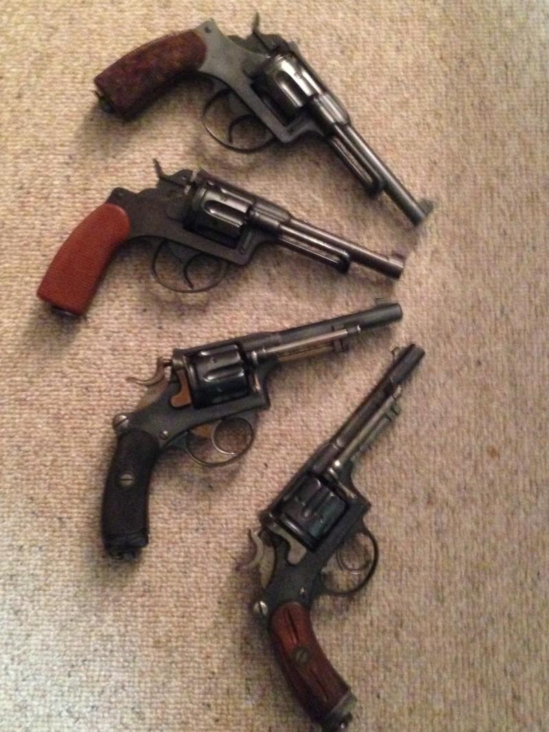 Revolvers d'ordonnance 1882 et 1929 Img_0219