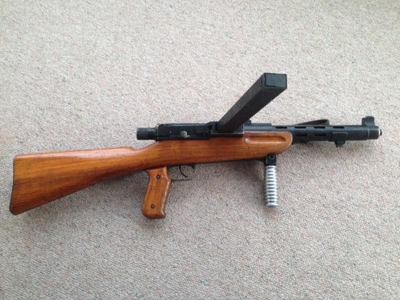 Pistolet-mitrailleur 41/44 Img_0220