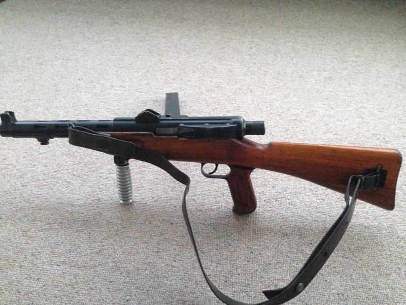 Pistolet-mitrailleur 41/44 Img_0221