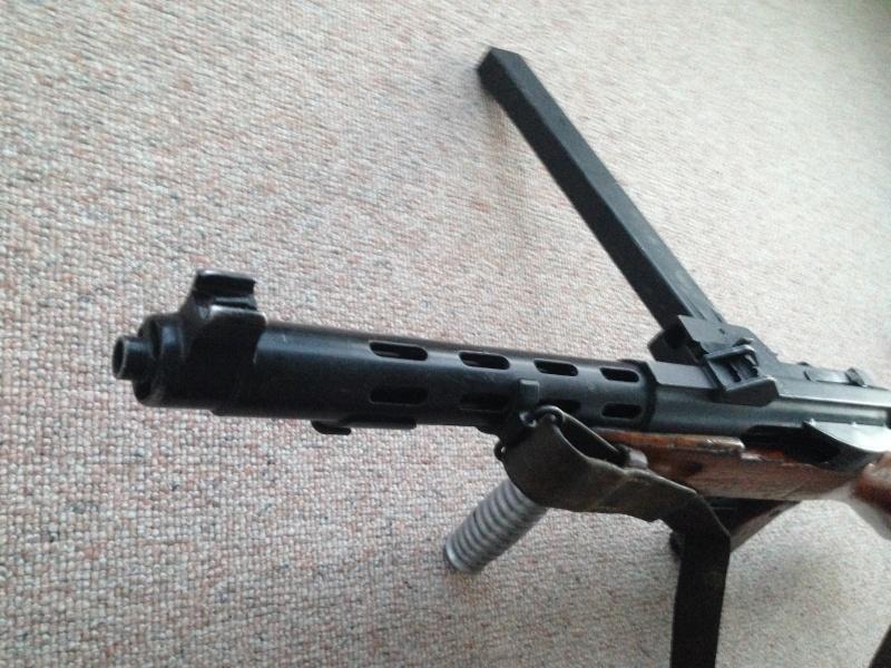 Pistolet-mitrailleur 41/44 Img_0222