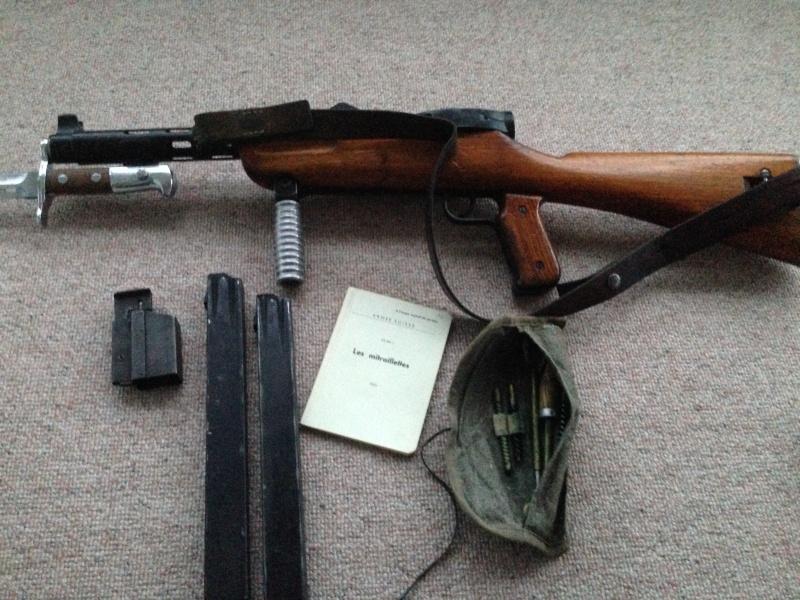 Pistolet-mitrailleur 41/44 Img_0233