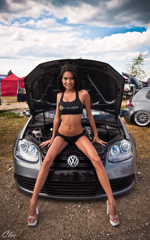 Volkswagen et ses donzelles ... - Page 38 16191110