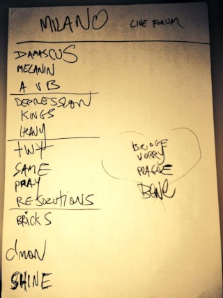 Setlists, photos, videos Devourtour 2013/14 - Page 3 Setlis11