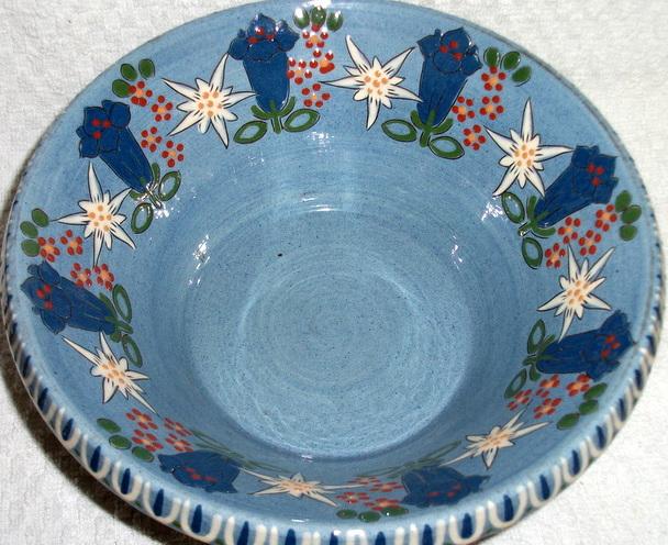 Slipware bowl - Thoune, Switzerland Dscf3310