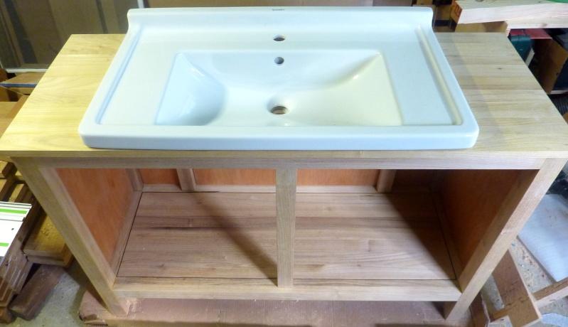 Meubles de salle de bain en robinier - Page 3 Lavabo11