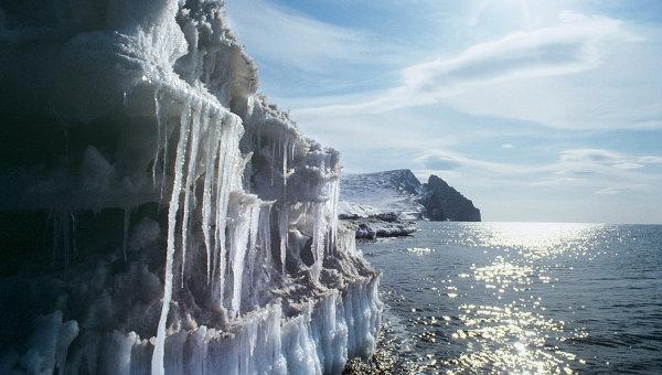 Russie: une vague de glace géante formée dans la Tchoukotka  Glace10