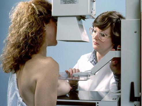 Mammographie et risques du dépistage du cancer du sein : l'avis du Dr Bérengère Arnal Mammog10