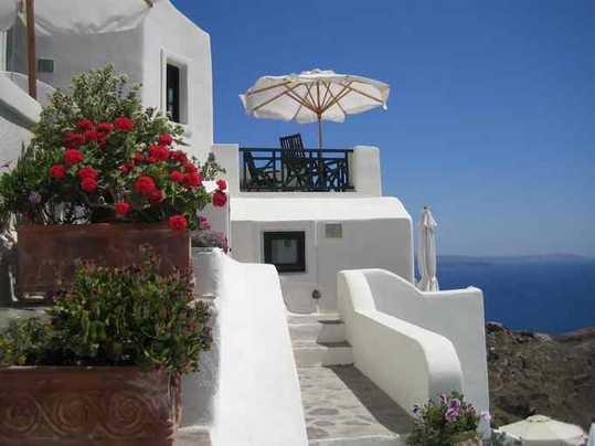 Cadeau : les 100 plus beaux lieux de la planète... Oia110