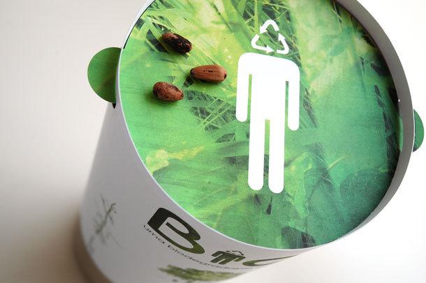 Cette urne funéraire biodégradable fera de vous un arbre après votre décès  Urne110