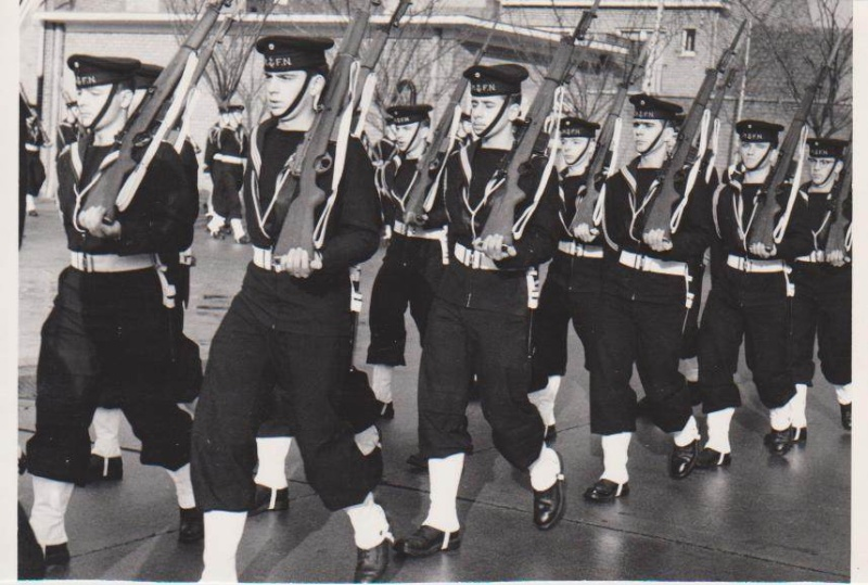 tenue infanterie de Marine B110