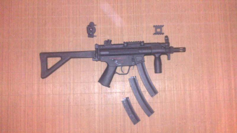 MP5 PDW Cyma + accessoires Dsc_0316