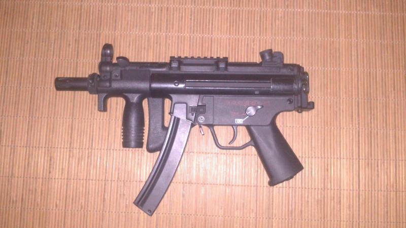 MP5 PDW Cyma + accessoires Dsc_0317