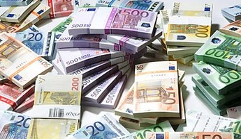 """Comment devenir adhérent ou membre bienfaiteur pour l'association HUMMERBOX ? Par un paiement de 60€ via PAYPAL à clubhummerbox@gmail.com ou en chèque à l'ordre de """" HUMMERBOX """" à l'adresse : HUMMERBOX - 31 rue Jacques Baudry - 75015 PARIS  Ils-da10"""