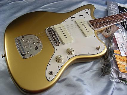Fender Jaguar ..... - Page 2 P2_uja10