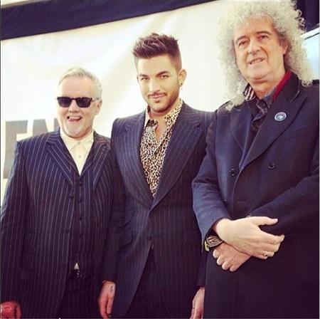 Adam Lambert Daily News & Information Screen10