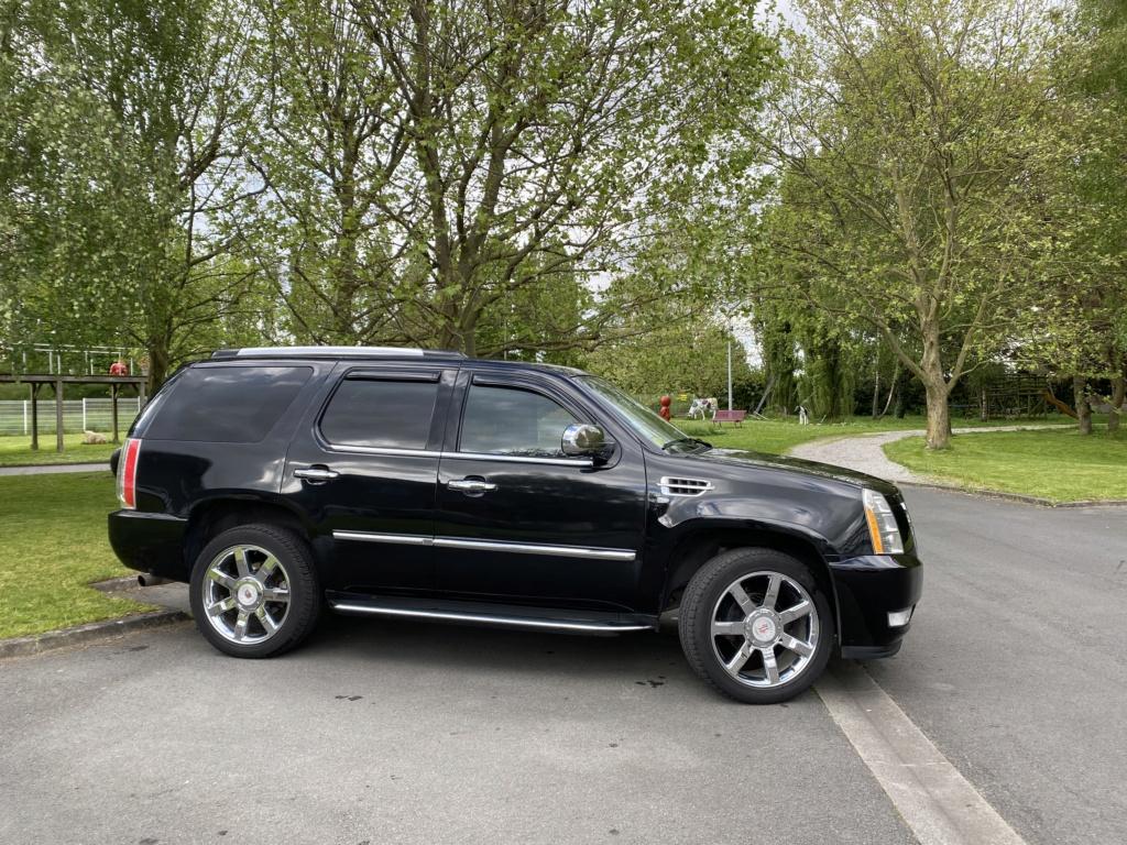 Cadillac Escalade  4b1b3c10