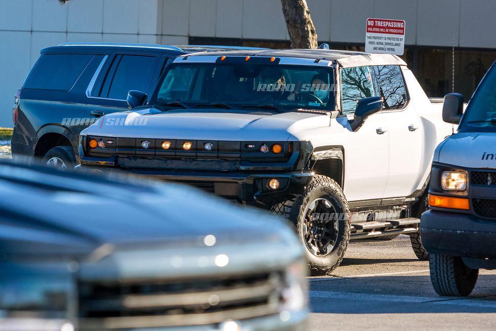 Voilà le nouveau Hummer est arrivé ; GM dévoile le Hummer EV en tant que `` premier supertruck au monde '' pour 112600 $ à partir de 2021 - Page 2 55264a10