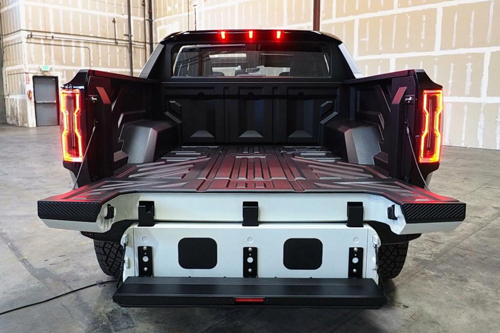 Voilà le nouveau Hummer est arrivé ; GM dévoile le Hummer EV en tant que `` premier supertruck au monde '' pour 112600 $ à partir de 2021 - Page 2 5a6e4910