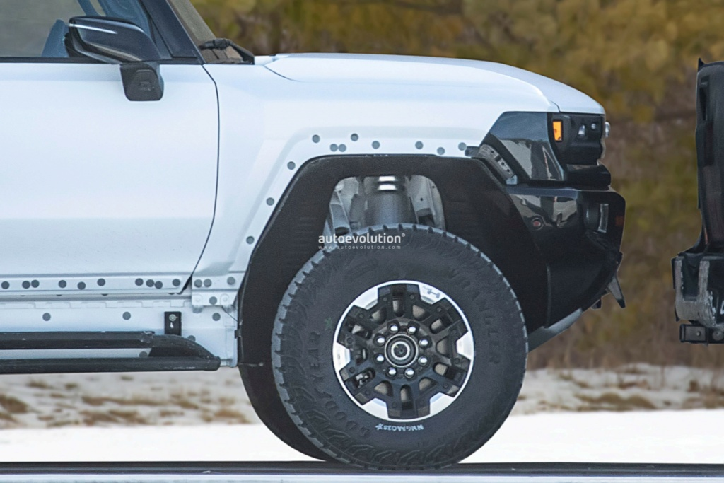 Voilà le nouveau Hummer est arrivé ; GM dévoile le Hummer EV en tant que `` premier supertruck au monde '' pour 112600 $ à partir de 2021 - Page 3 80066010