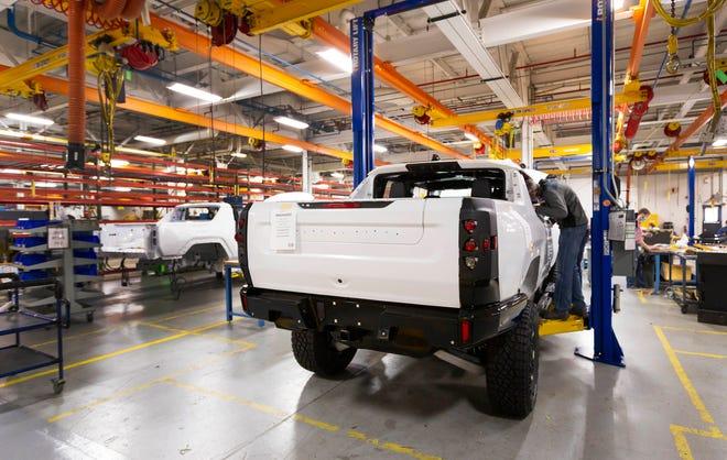 Voilà le nouveau Hummer est arrivé ; GM dévoile le Hummer EV en tant que `` premier supertruck au monde '' pour 112600 $ à partir de 2021 - Page 2 C845f010