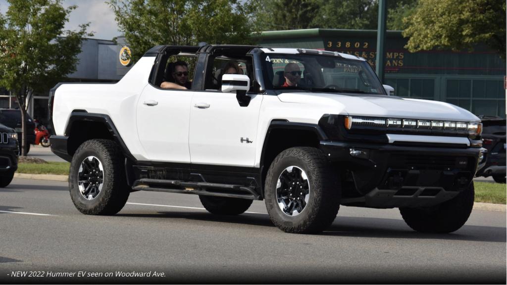 Voilà le nouveau Hummer est arrivé ; GM dévoile le Hummer EV en tant que `` premier supertruck au monde '' pour 112600 $ à partir de 2021 - Page 8 Captur22