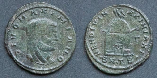Les monnaies de Consécration de Barzus - Page 8 Divus_12