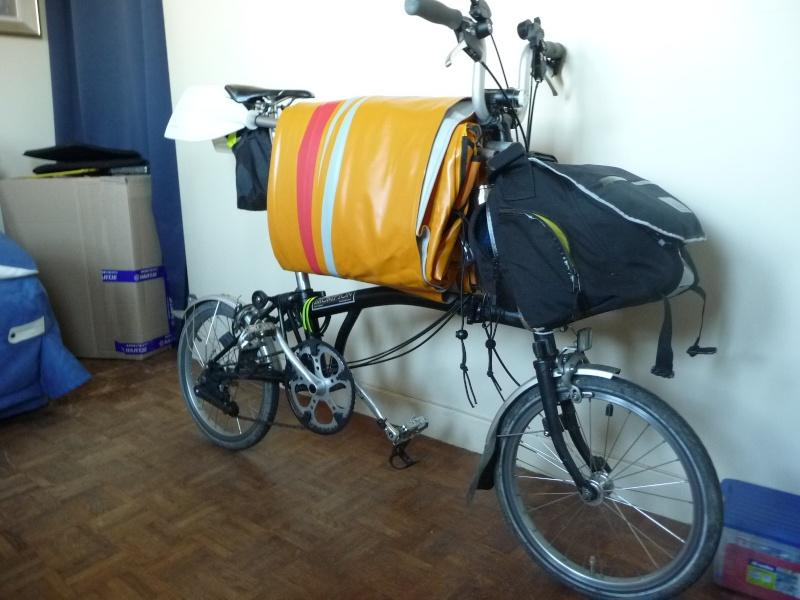 Balades collectives en vélo-kayak : préparatifs du matériel et questions logistiques  [projet de Pouille] P1020940