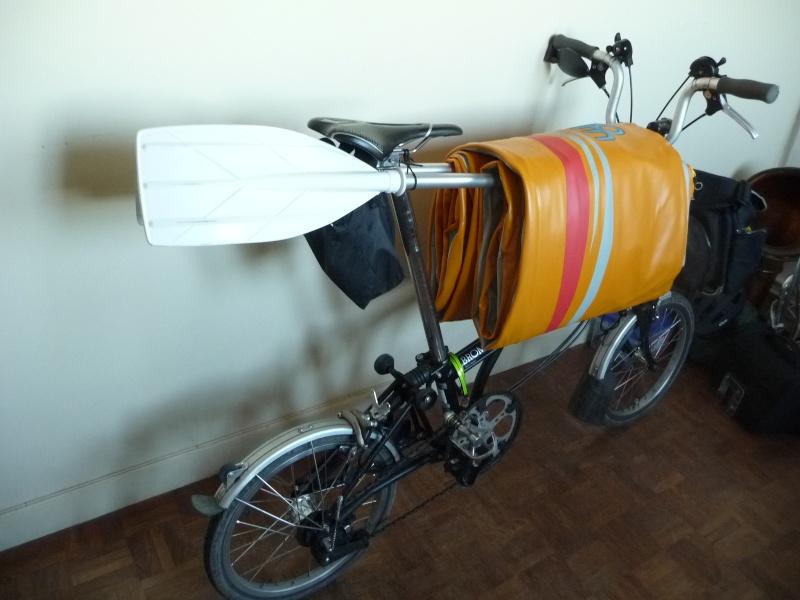 Balades collectives en vélo-kayak : préparatifs du matériel et questions logistiques  [projet de Pouille] P1020941