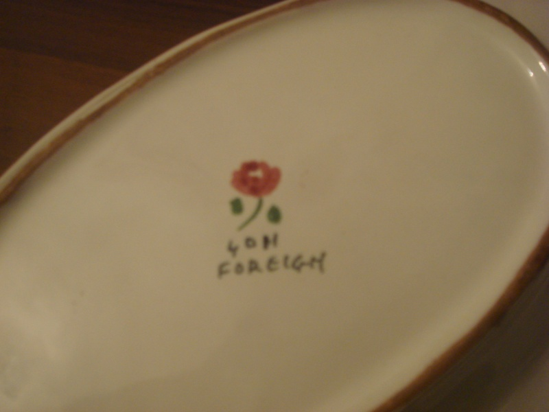Italian dish with flower mark by Il Quadrifoglio, Florence Copied29