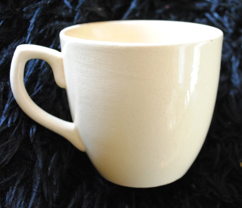 Old cup shape 00118
