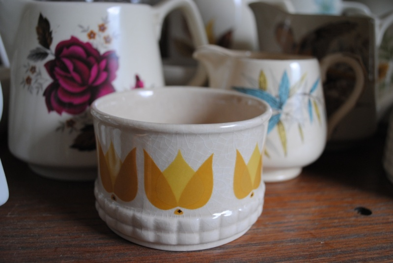 Todays find (exciting for me )Sugar Bowl to match  01210