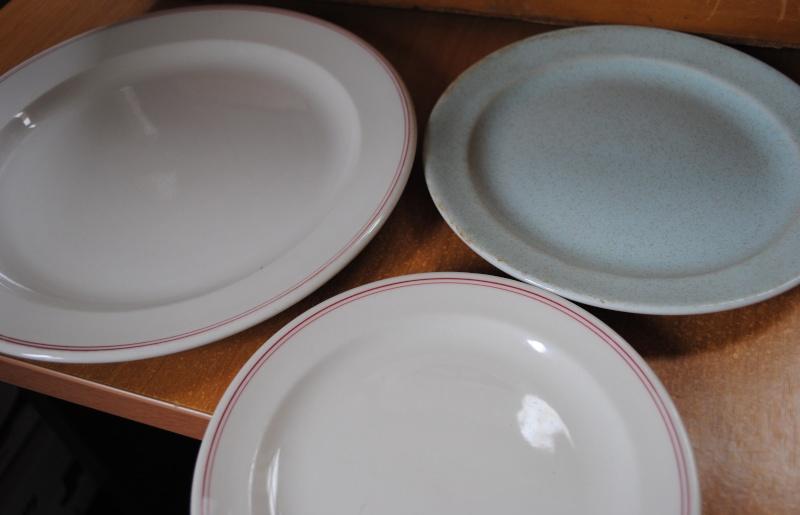 vitrified plates  01215