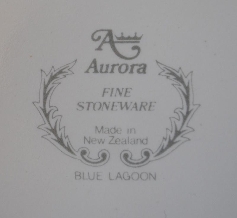 Aurora Fine Stoneware - Blue Lagoon Blue_l11