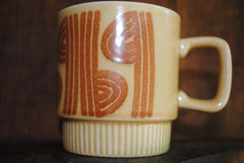 Square Handle cup - is a 3036 shape Cups_n11