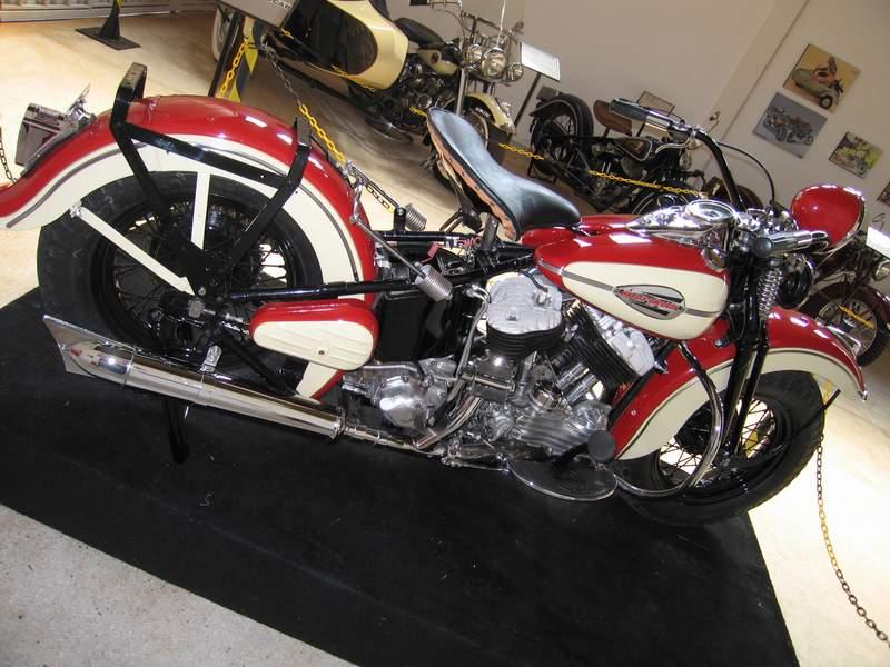 Les vieilles Harley....(ante 84) par Forum Passion-Harley - Page 20 1945ha10