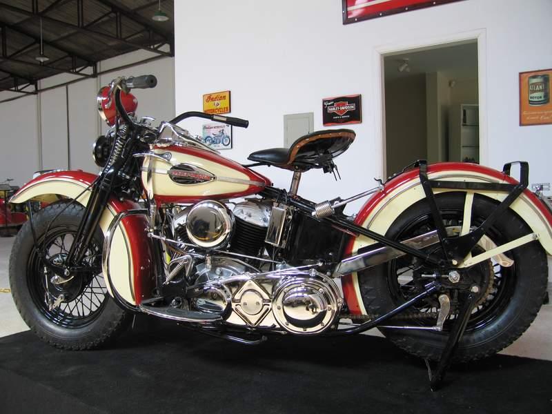 Les vieilles Harley....(ante 84) par Forum Passion-Harley - Page 20 1945ha11