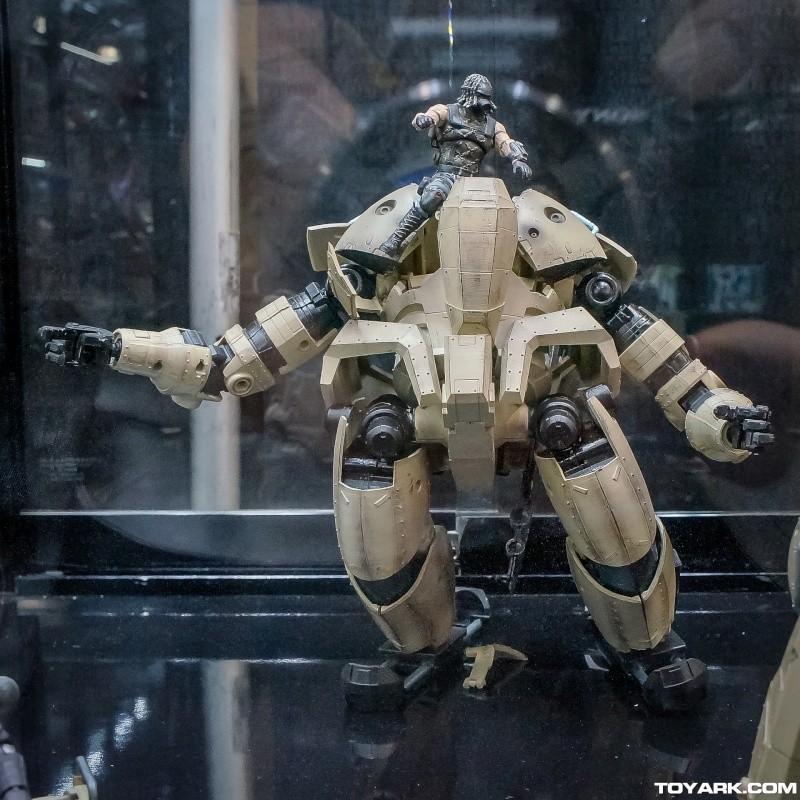 2014 lost planet 2  - toy notch toyz  Toy-no10